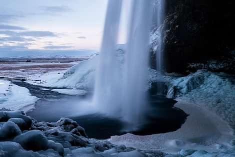 Seljalandsfoss in Winter
