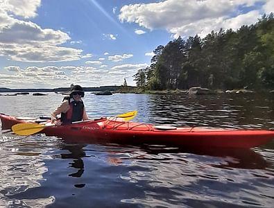 Metsän kutsu Kesäillan saunamelonta Keitele-järvellä Sumiainen
