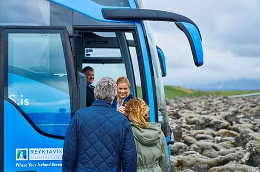People entering reykjavik sightseeing bus