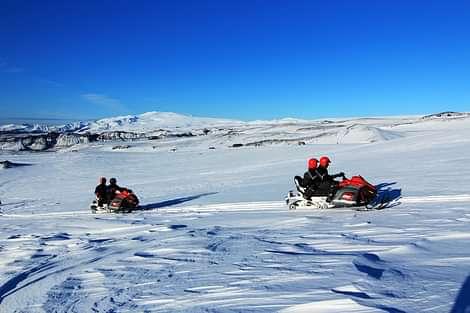 Snowmobiling on Myrdalsjökull