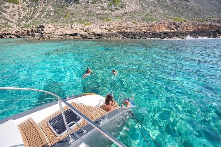 Swimming stop in Cala Vella