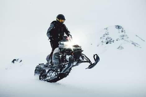 Glacier Rush is a true adventure!